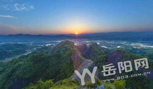 平江县长寿镇仙姑岩