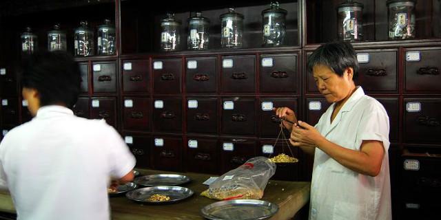 我国首部《中医药法》今年7月1日起施行