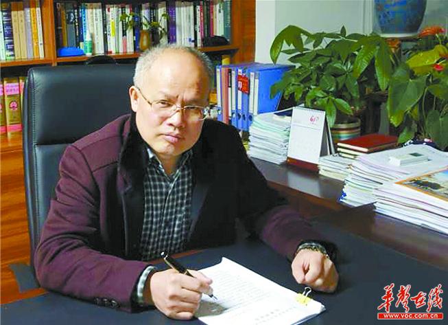 [代表委员这一年]肖启斌代表:做生活的有心人和思考者