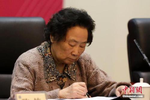 赵忠贤、屠呦呦获2016年度国家最高科技奖