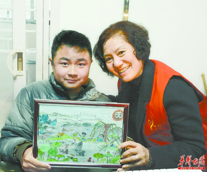 """""""您给了我第二次生命""""——记""""全国最美志愿者""""首嫣嫣(下)"""