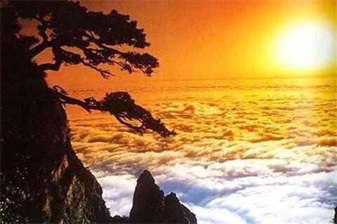 庐山精华一日游:游山观瀑,在庐山的烟雾中感受自然的奇妙。
