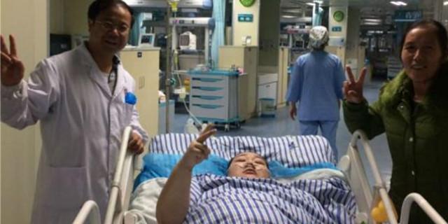 """湖南280斤""""胖妈""""产女续:病情稳定 转出ICU"""