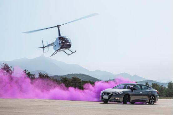 三角翼及动力伞表演,西玛动力伞绕桩竞速,西玛直升机互动