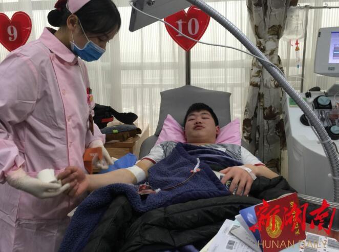 新春撸起袖子献热血,长沙247名志愿者献血82000毫升 新湖南www.hunanabc.com