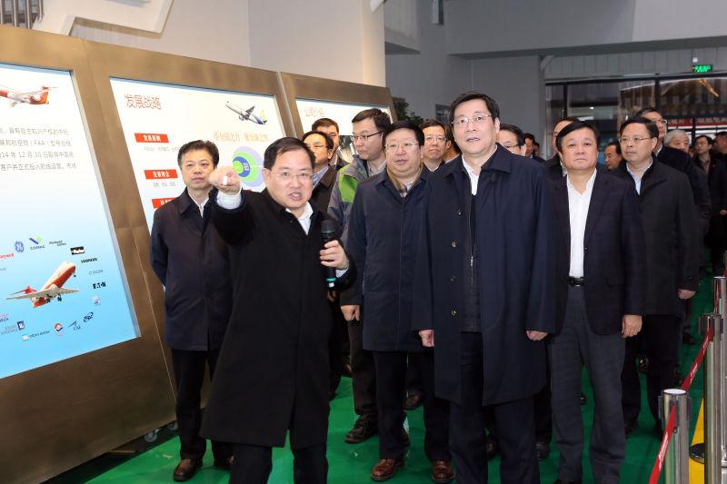 杜家毫在上海考察调研在湘投资企业