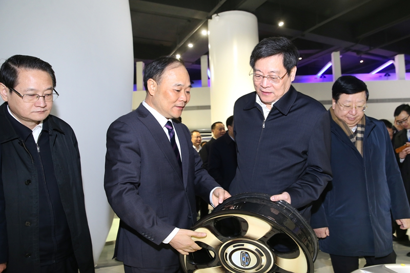 杜家毫考察调研浙江在湘投资企业