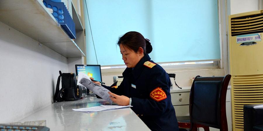 客运大班长武江梅:班组掌舵人 初心不变为旅客