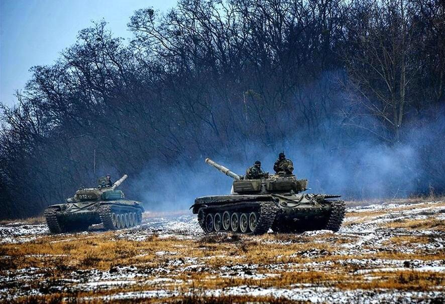 匈牙利陆军训练坦克炮管为何全朝后?