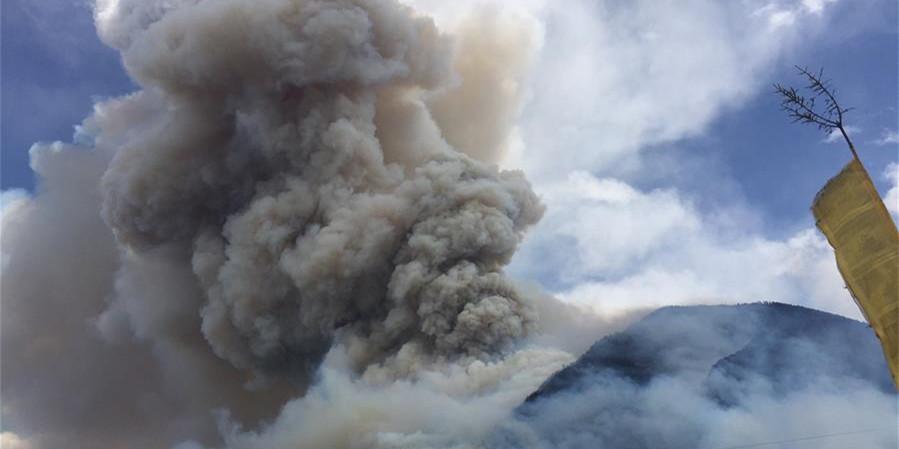 四川雅江森林火灾持续一周 暂无人员伤亡