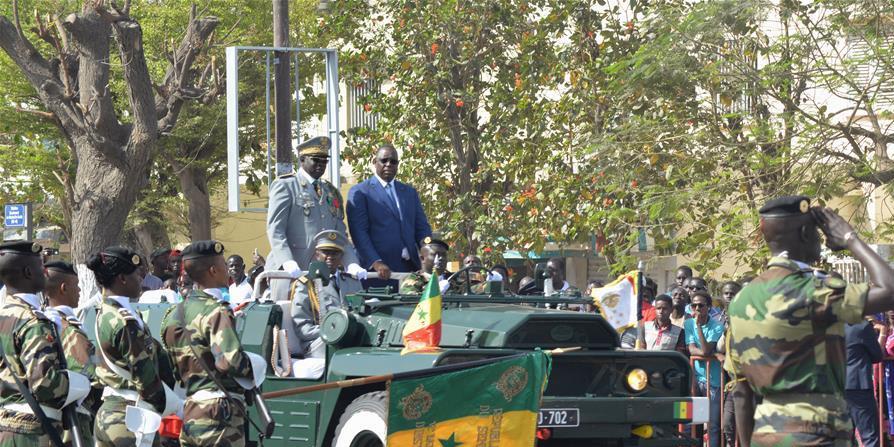 塞内加尔举行阅兵式庆祝独立57周年