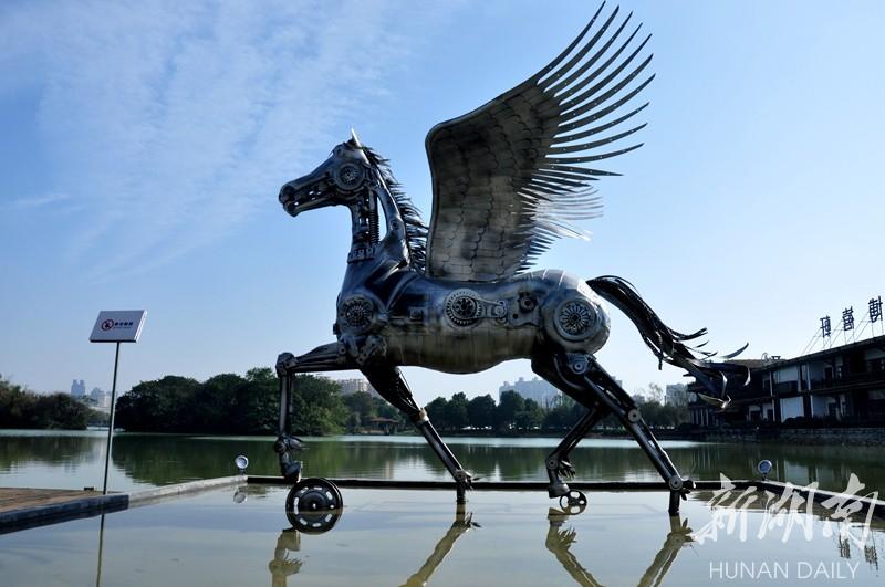 顺德飞马雕塑作品