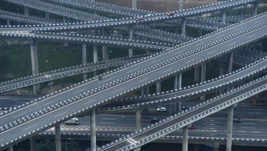 """航拍重庆""""最复杂""""立交桥 共5层15条匝道"""