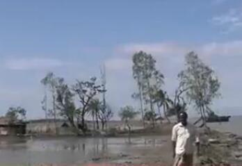 孟加拉国东南部大雨引发山体滑坡 数十人遇难