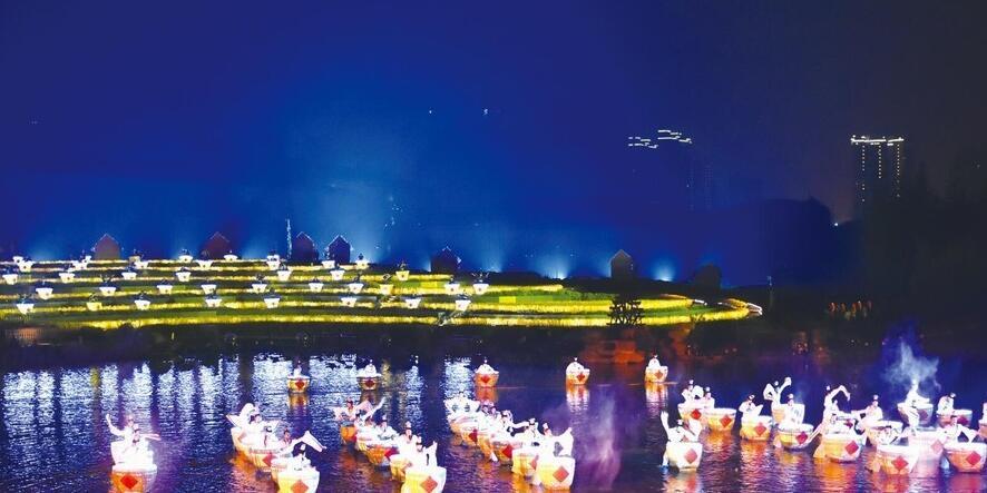 长沙首台大型田园实景情境剧《浏阳河上》 震撼开幕
