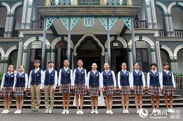 湖南第一师范学院六对双胞胎共圆教师梦-我初中生舔90后图片