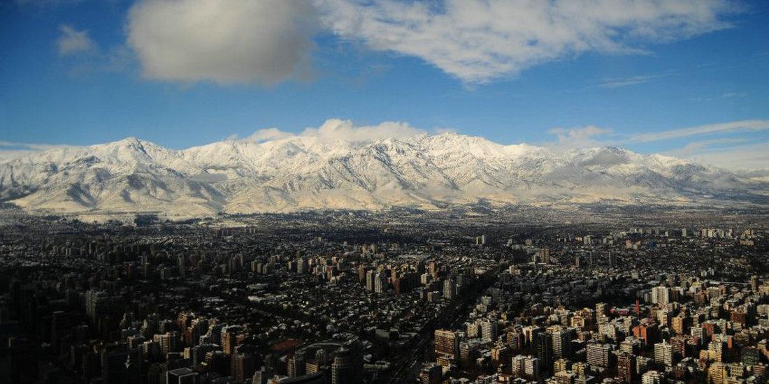 圣地亚哥的白色夏天:在智利也可以堆雪人