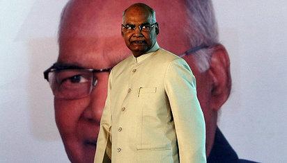 """从最底层""""贱民""""到第一公民:印度新总统的华丽逆袭"""