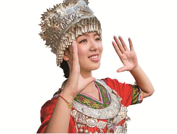 华声直播>>2017湖南(南山)六月六山歌节暨湘桂原生态风情节