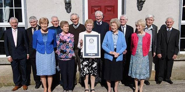 13个兄弟姐妹的长寿家族 总年龄1073岁破世界纪录