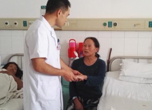 砥砺奋进的五年•健康湖南:健康扶贫救治17万贫困患者