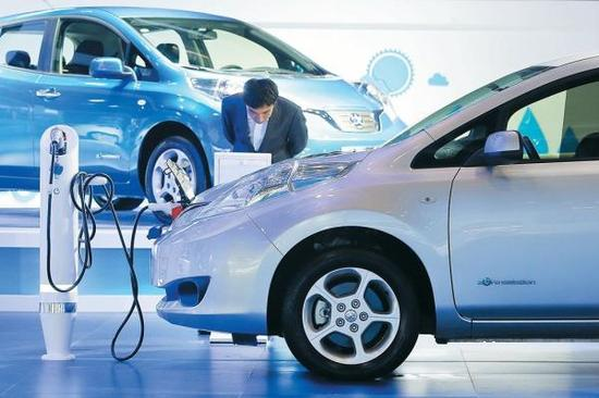新能源汽车再获政策强力推动。
