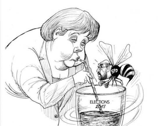 """[独享]德国总理默克尔闭着眼睛享受杯中的""""2017年大选"""",化身小蜜蜂的社会民主党(SPD)总理候选人马丁・舒尔茨只能眼巴巴地绕着玻璃杯飞。(美国政治漫画网)"""