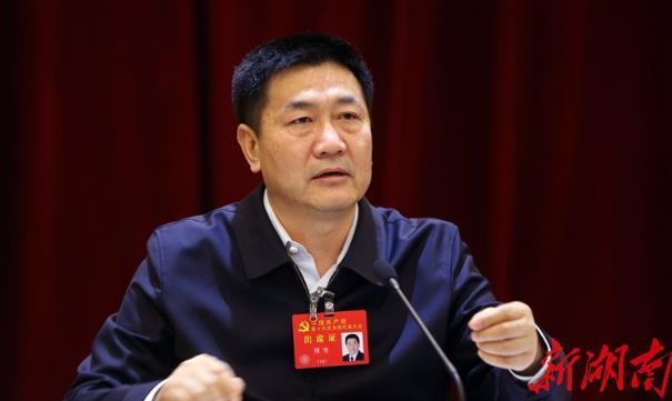 傅奎就学习贯彻十九大报告精神接受湖南日报专访