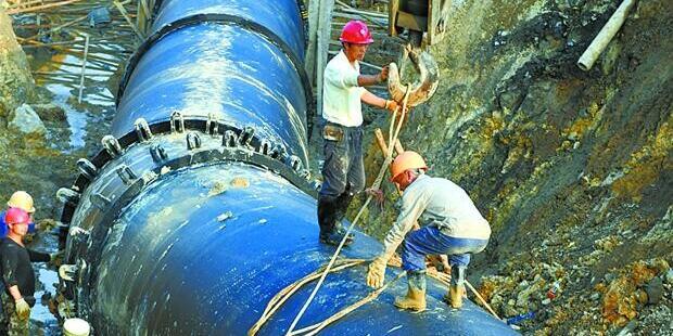 资兴市东江引水工程铺设管道 预计年底完工通水