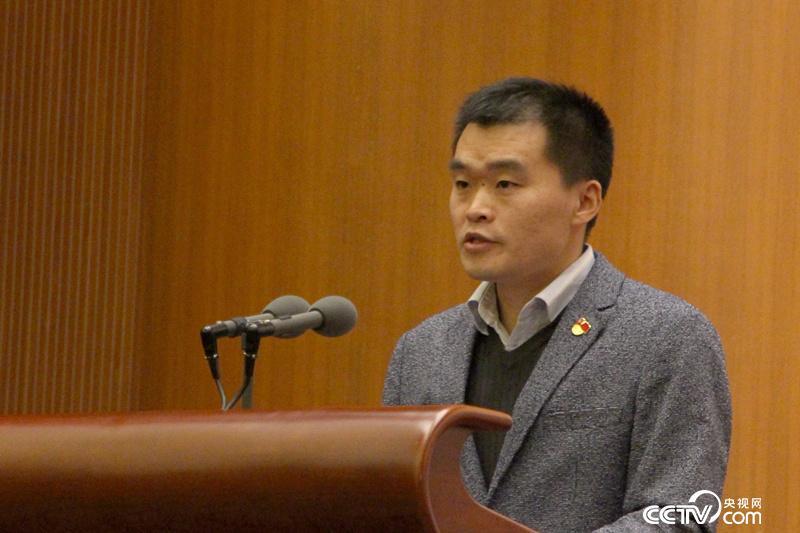 十九大代表、中国科协信息中心编辑房瑞标