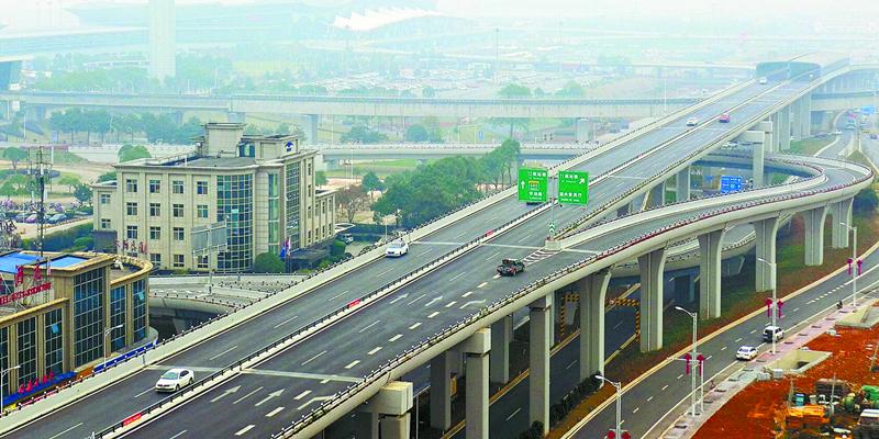 长沙机场大道提质改造工程主体完工
