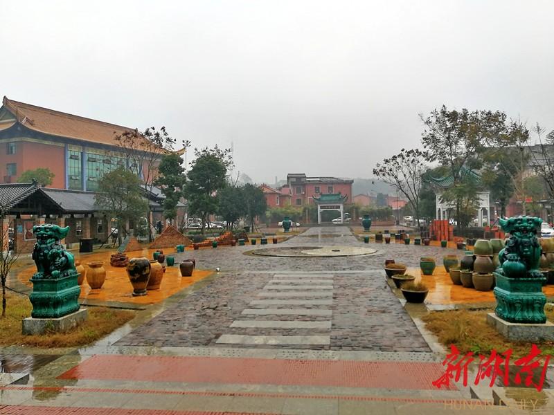[长沙] 冬日长沙别样红(之十二) 新湖南www.hunanabc.com