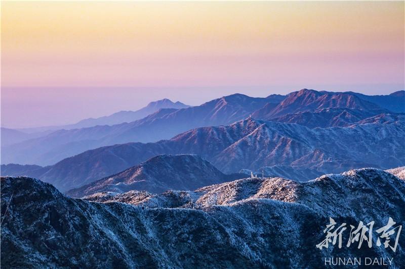 """""""神州最南赏雪佳处""""南岳衡山 南国罕见的雾淞奇景"""
