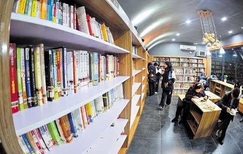加快公共图书馆建设 优化文化服务体系