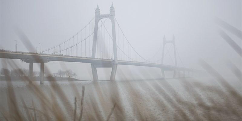 冷空气和雾霾天气开始持续影响湖南中北部地区