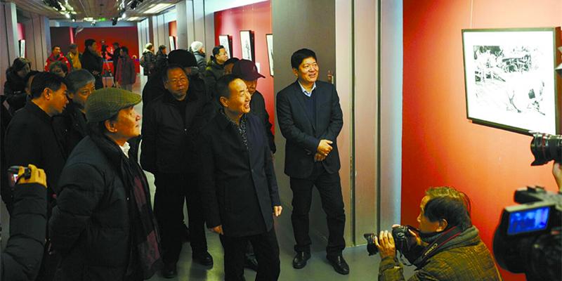 《洞庭西・30年》摄影作品展北京开展