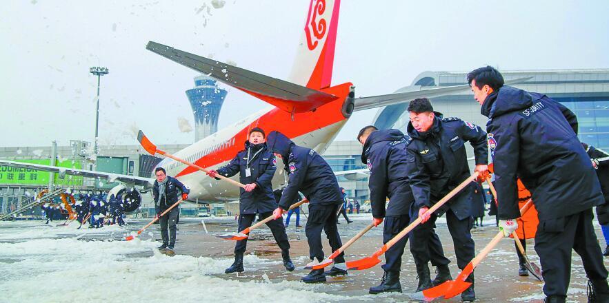 湖南齐心协力迎战雨雪冰冻天气