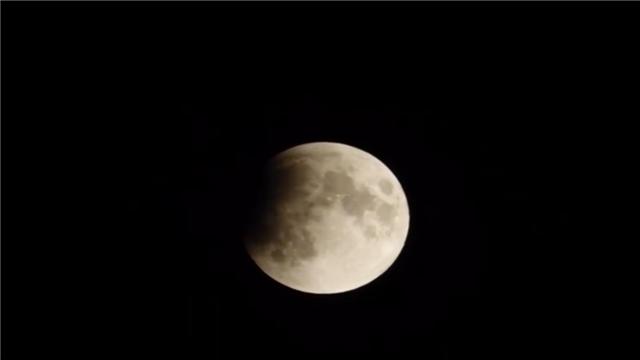 152年一次!明晚超级月亮+蓝月+血月来袭