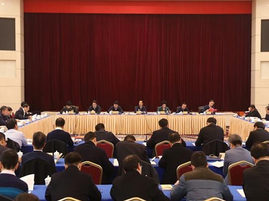 许达哲主持省扶贫开发领导小组会议