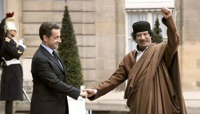 卡扎菲与北约朋友们的爱恨情仇