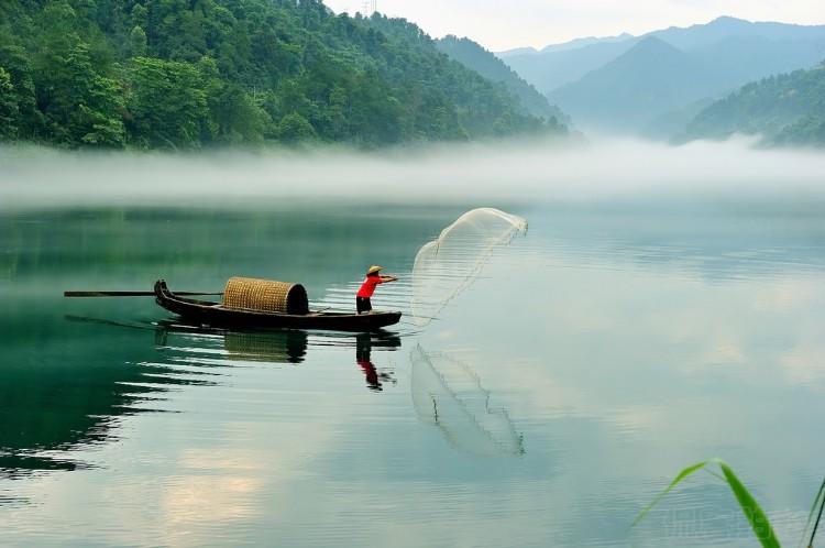 世界旅游城市联合会专家为郴州旅游发展把脉支招