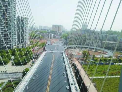 益阳西流湾大桥下月18日通车