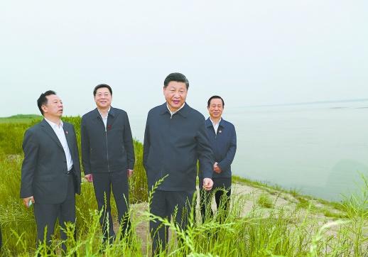 习近平总书记在湘考察长江经济带发展回访记:万里长江水云阔