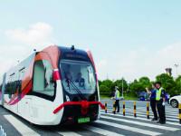 株洲:市民可通过三种方式免费试乘智轨列车