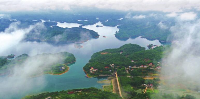 美湖美景黄石湖