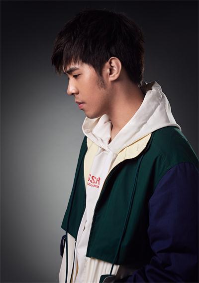 创作歌手CJ辰羽鸣《六度分隔》温暖上线,越过全世界遇见你