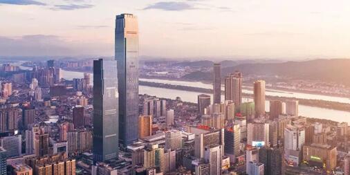 [一周湖南]湖南第一高楼开仓迎客 中部第一车展精彩启幕