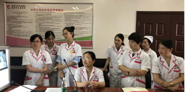 专家现场坐诊教学 益阳市妇幼儿童咳喘专科门诊开科