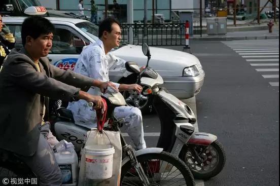 澳门金鲨游艺场:上海人民咋这么喜欢穿睡衣出门?真相是这样