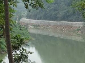 涟源打造水清岸绿环境